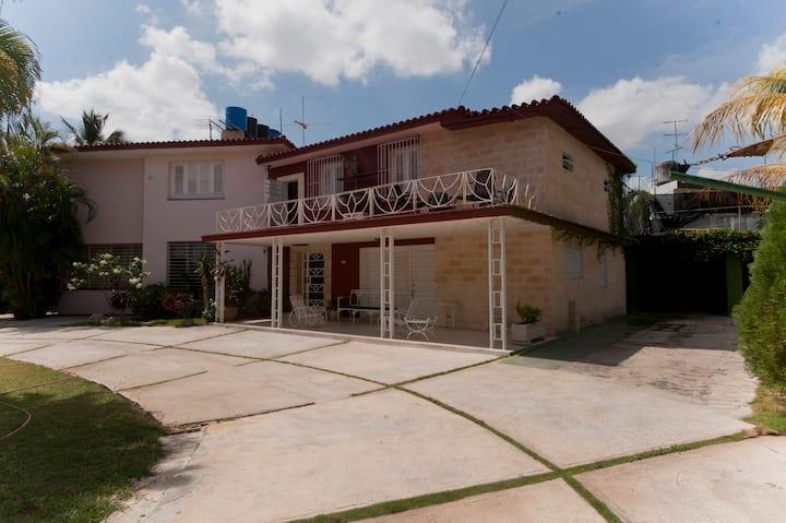 Villa Querejeta