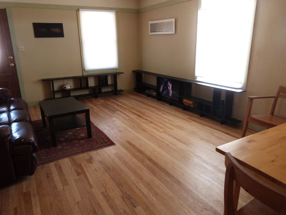 living/dining room with smart TV