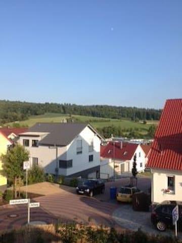 Doppelhaushälfte mit eigenem Garten - Groß-Bieberau - House