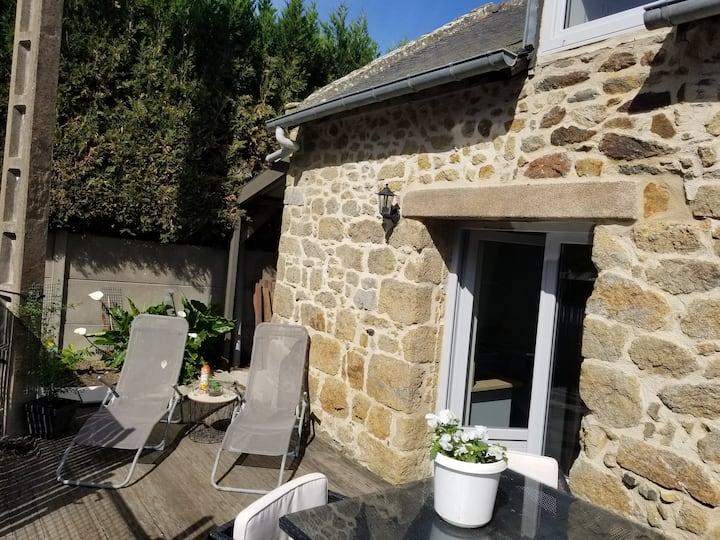 Maison privée 35m2 , proche St Malo/ Cancale. WIFI