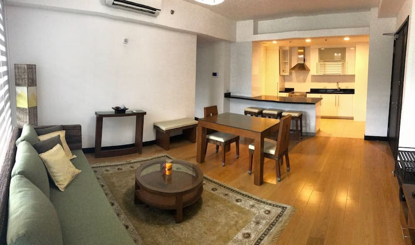 ⭐️ Long-term rental: One Serendra 1-BR, 1-BATH
