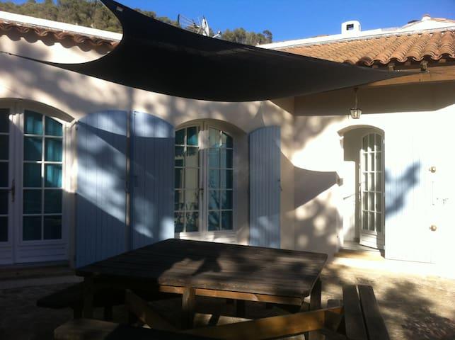 LOU SOULEU in Gemenos, Provence - Gémenos