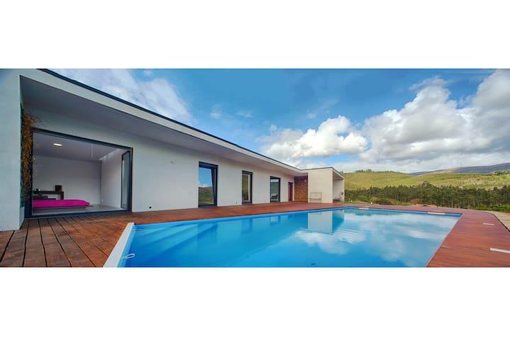 Quinta em Vila Nova de Cerveira - Viana do Castelo - วิลล่า