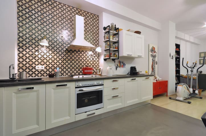 Beautiful apartment in Athens - Kallithea - Apartment