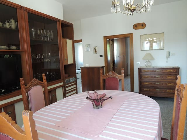 9 MINUTES FROM THE PLITVICE'S LAKES - Drežnik Grad - Apartment