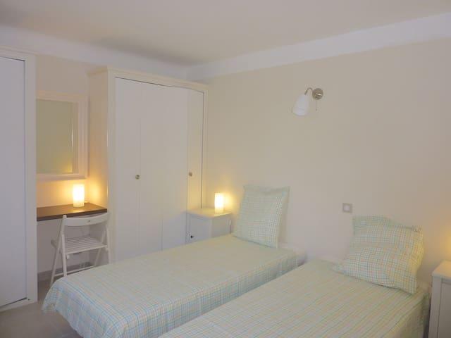 Double bedroom 4 with twin beds. ground floor
