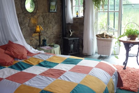 Traditional Irish Country Farmhouse B&B - Inistioge