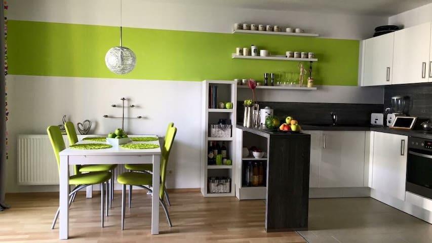 Hell, ruhig und grün - Freising - Apartment