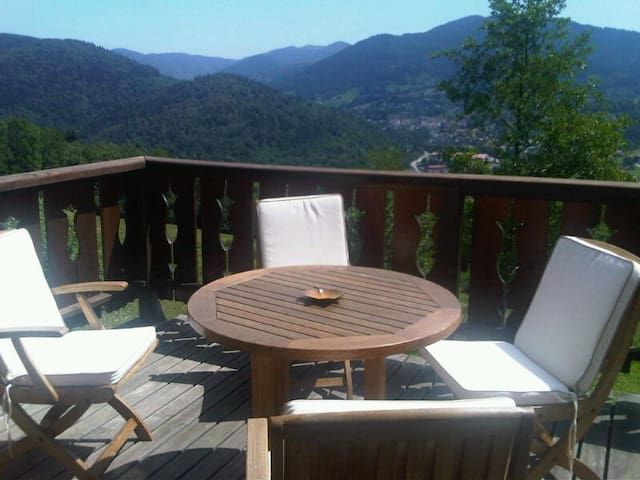 Luxury Mountain Chalet in Les Vosge - Fresse-sur-Moselle - Huis