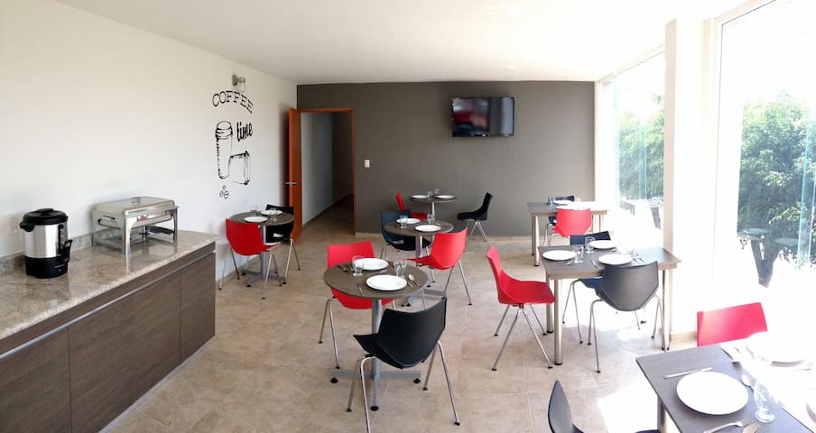 HOTEL DAJANA BOULEVARD - León - 家庭式旅館