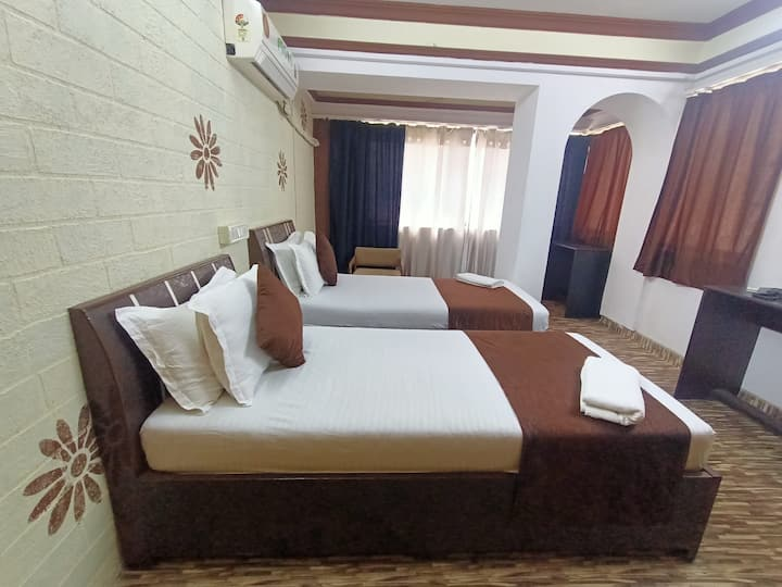 Kalpataru Hometel - best AC BNB rooms in malad