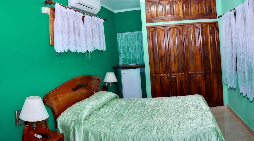 Hostal Alicia Room 2 (Moron)