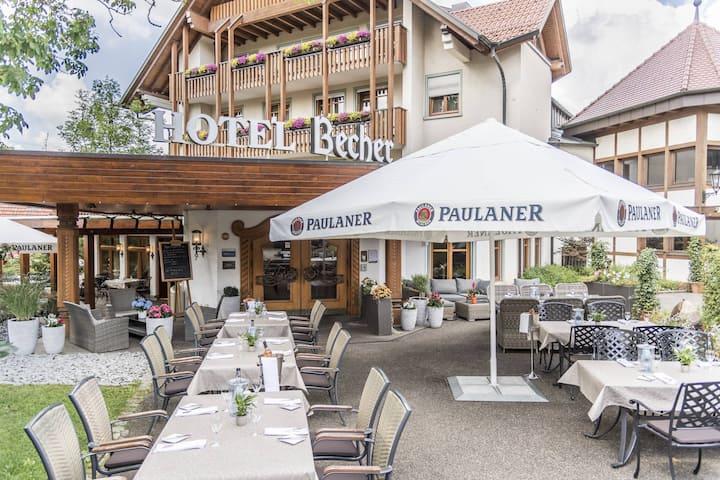 Hotel Becher, (Donzdorf), Einzelzimmer Standard mit Dusche und WC