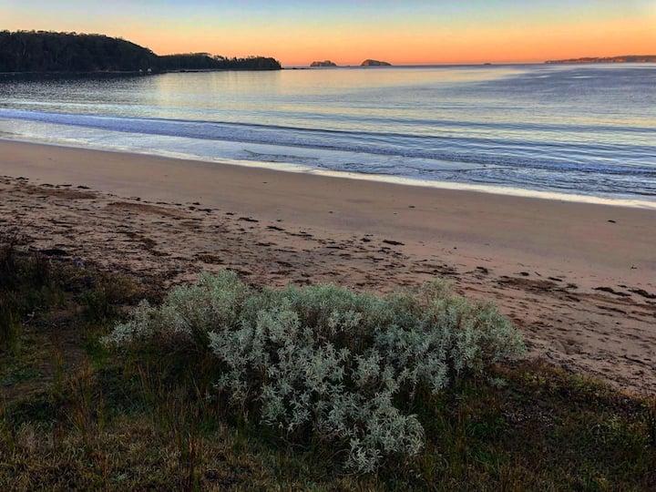Beach House Retreat - Maloneys Beach