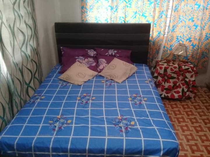 22 NALSEN SUVA PRIVATE MASTER BEDROOM - 1