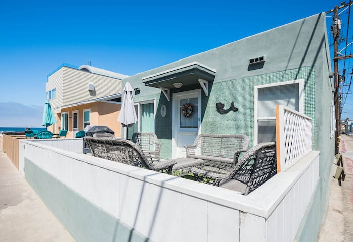 Sought After Mission Beach Bungalow Steps to Ocean