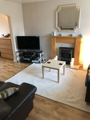 Great Beatles location & close to Liverpool Centre