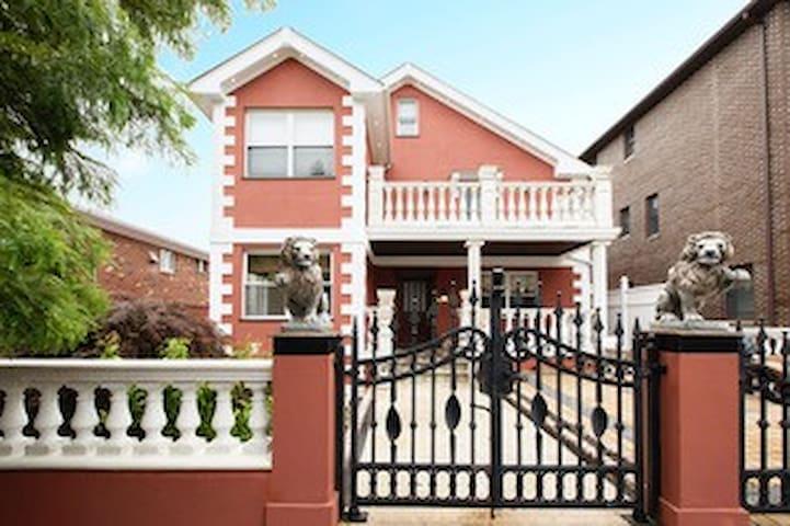 Entire Villa-4 Bedroom - 4,000 sq. ft Experience