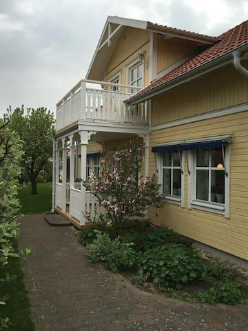 Villa med upp till 10 bäddar nära Göteborg - Mölndal - Dom