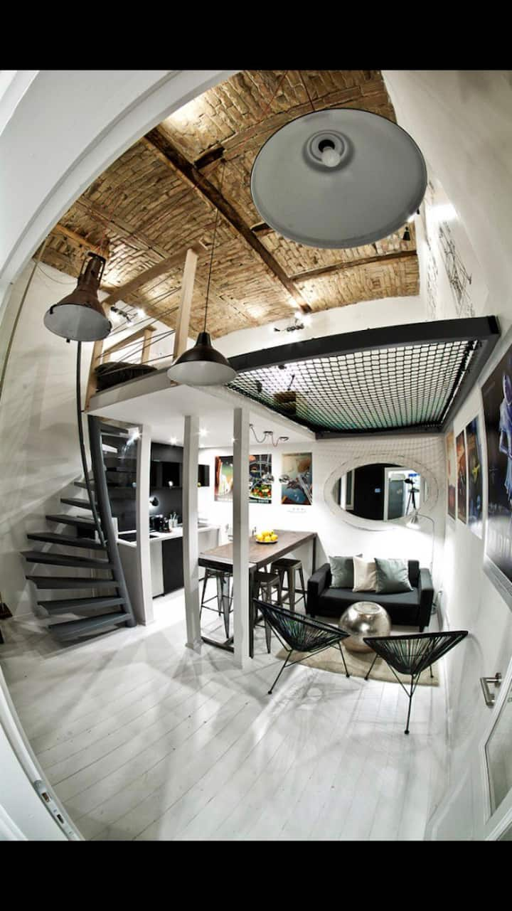 °CIRCUS° design LOFT_full Central, Playful style