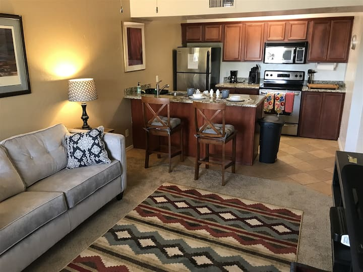 Just Listed! Well Appointed Condo! Community Pool! Cortez - S115