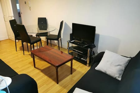 Budget Comfortable Single Room for a Night