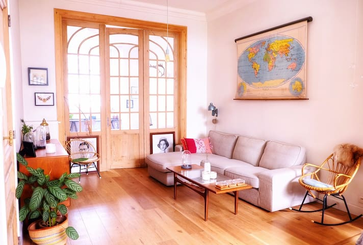 Spacious apartment with garden, South of Antwerp