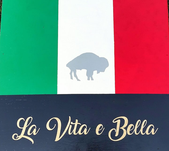 La Vita e Bella / Buffalo NY