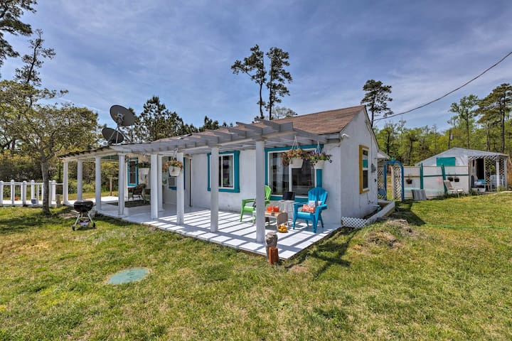 Oceanfront White Stone Cottage w/Private Beach!