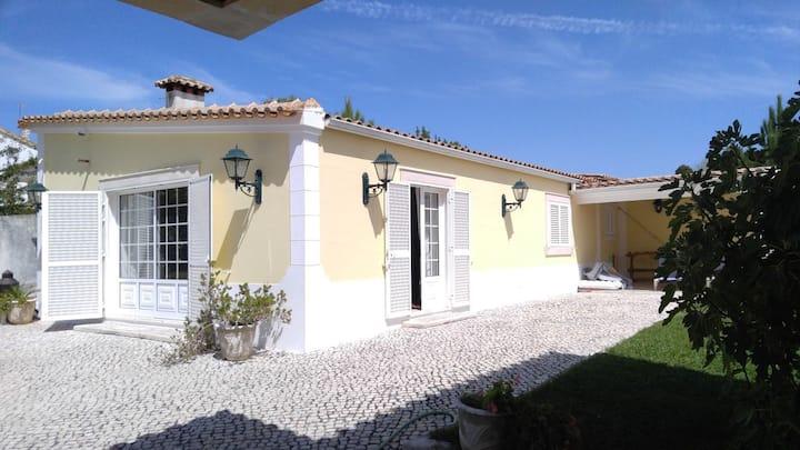 Maison de 110m2 avec piscine à 40 mn de Lisbonne