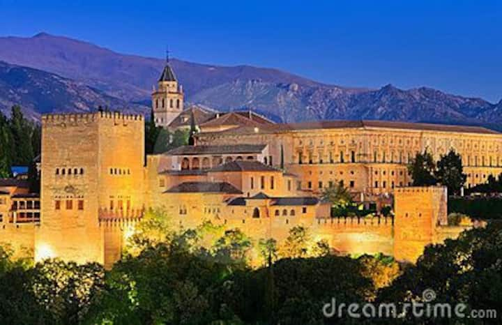 CLOSE TO THE AlHAMBRA. CITY CENTER