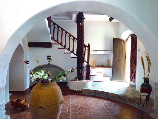 Ancient watermill, villa La macina