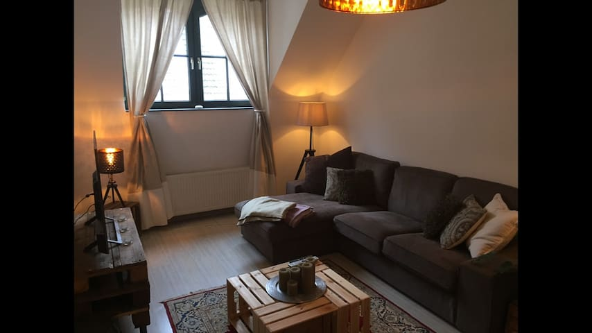 100qm Maisonette, 2 floors, citycenter, 15min>fair
