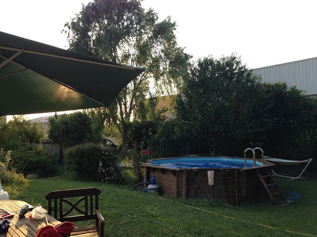 Our home sweet home for you near to the local lake - Peyrolles-en-Provence - Hus