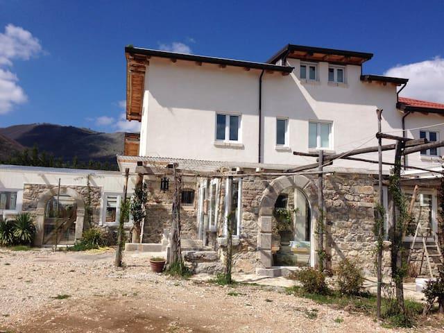 Masseria Aghia - Pecci - Dům