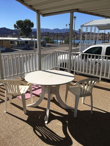 LAKE HAVASU RIVER HOUSE W/BOAT SLIP - Lake Havasu City - House