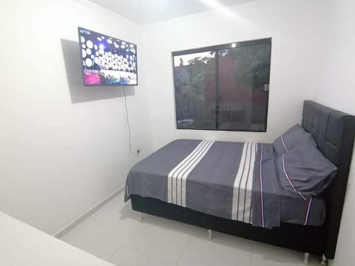 Hermosa habitación +WIFI+Parking