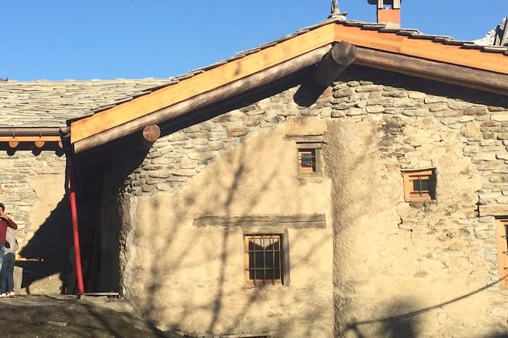 Grange restaurée ValCenis: La Ramasse - Lanslebourg-Mont-Cenis - Almhütte