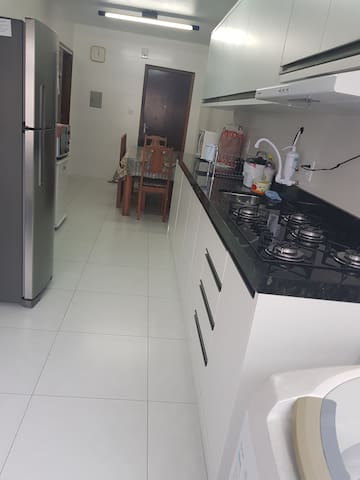 Apartamento Itapema , Meia Praia .
