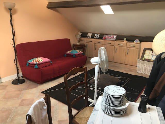 Petit studio