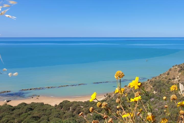 Villino Mari e Monti, Licata, Agrigento