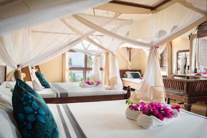 Family Room With Sea View - Kiwengwa - Bed & Breakfast