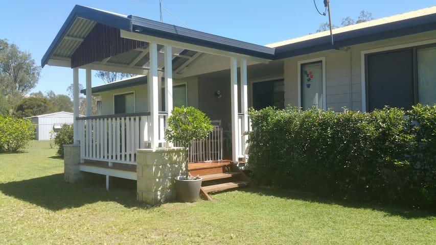 Candlebark Cottage - Jimboomba - Casa