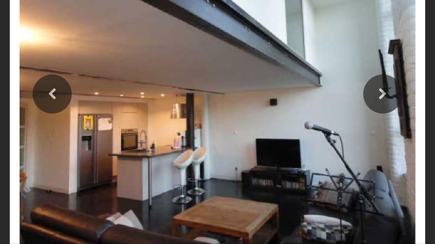 Chambre-magnifique loft résidentiel - Roubaix