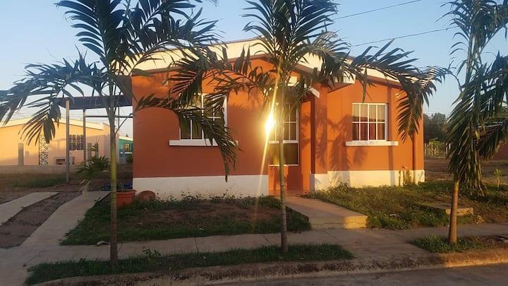 Resid. Praderas del Mombacho Casa + (opción carro)