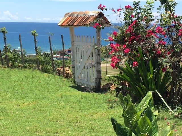 La Loma (room) Playa Rancho Luna,Cienfuegos,Cuba - Playa Rancho Luna - Villa