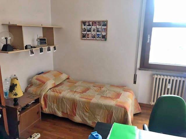 Posto letto in super appartamento!