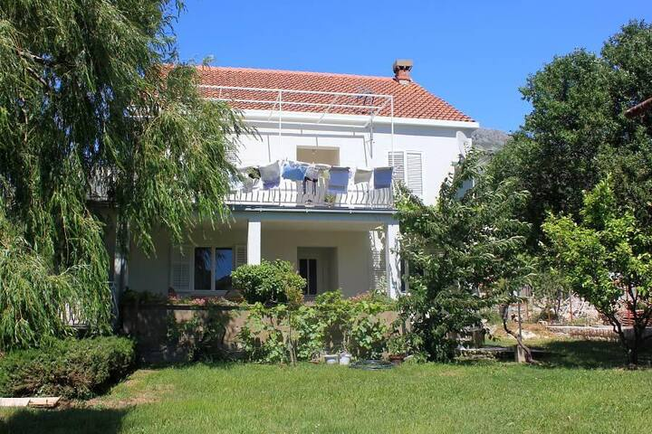 Three bedroom apartment with terrace Srebreno, Dubrovnik (A-8828-a) - Kupari - Apartemen