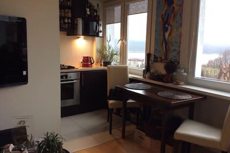 Mieszkanie na wakacje nad jeziorem - Olsztyn - Byt