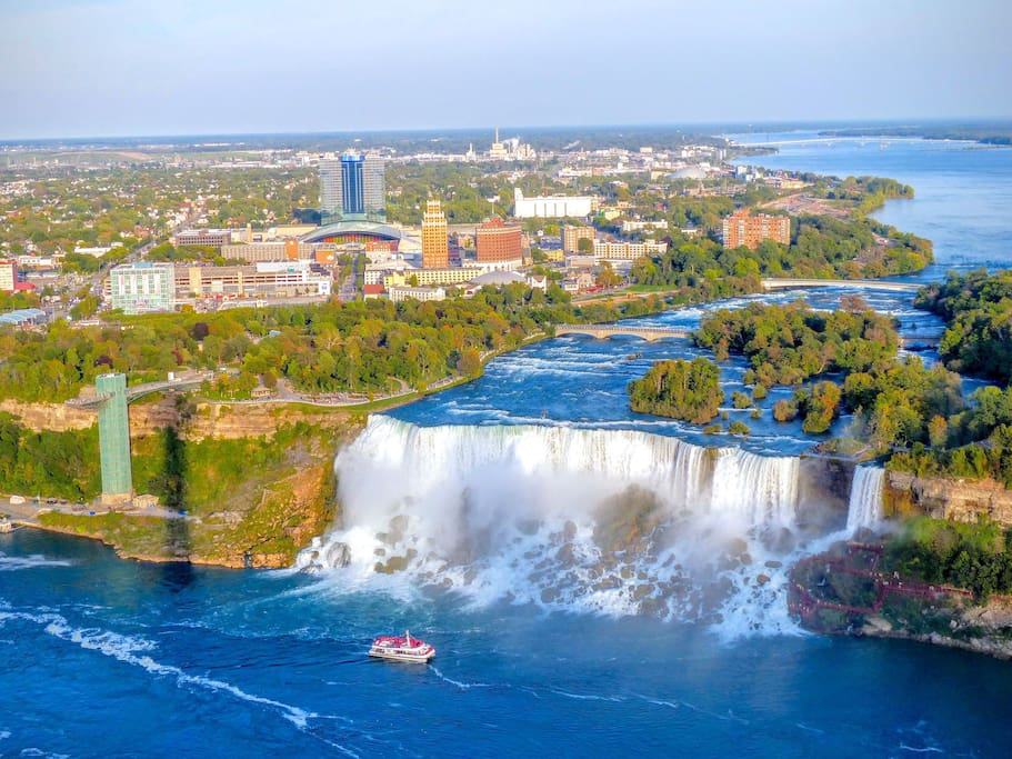 Niagara Falls is a quick 15-20 minutes drive from our waterfront house.